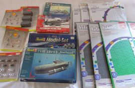 Various Hornby accessories, Revell and Airfix kits & blox base plates