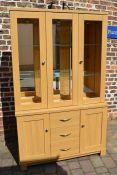 Kingstown 'Dalby' 3 door glass display unit L 122 cm D 40 cm H 198 cm