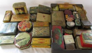 Large quantity of vintage tins
