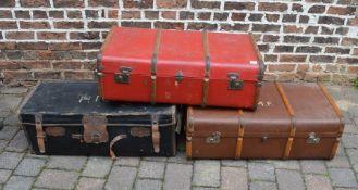 3 vintage trunks
