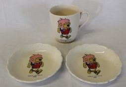 1966 Football World Cup Willie mug and 2 saucers