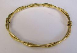 9ct twisted gold bracelet 8 cm x 6.5 cm weight 7.2 g
