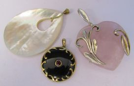 3 necklace pendants - mother of pearl with 9ct gold bail L 6 cm, heart shaped rose pink quartz