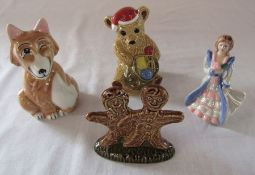 4 Wade figures - limited edition Edward Fox, Collectors Club Christmas Teddy 1997, Gingerbread boy