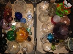 2 boxes of glassware