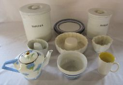 Assorted kitchenalia etc inc Maling