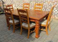 Pine extending dining table and 6 chairs (extends to 184 cm x 105 cm)