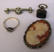 9ct gold ring with glass stone size P weight 0.9 g, silver cameo brooch, fob & brooch