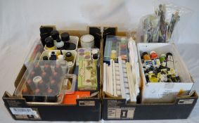 Large quantity of artist's materials (2 boxes)