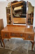 Dressing table on cabriole legs