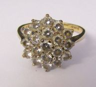 9ct gold cluster stone dress ring size M weight 2.7 g