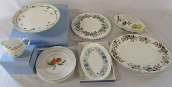 Selection of Wedgwood and Royal Worcester ceramics, some boxed inc Wedgwood 'Wild Strawberry' cake