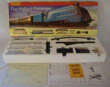 Hornby The Mallard Passenger 00 gauge train set