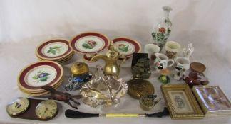 Assorted ceramics inc Victorian dessert set (af), Sadler and commemorative ware, brassware etc