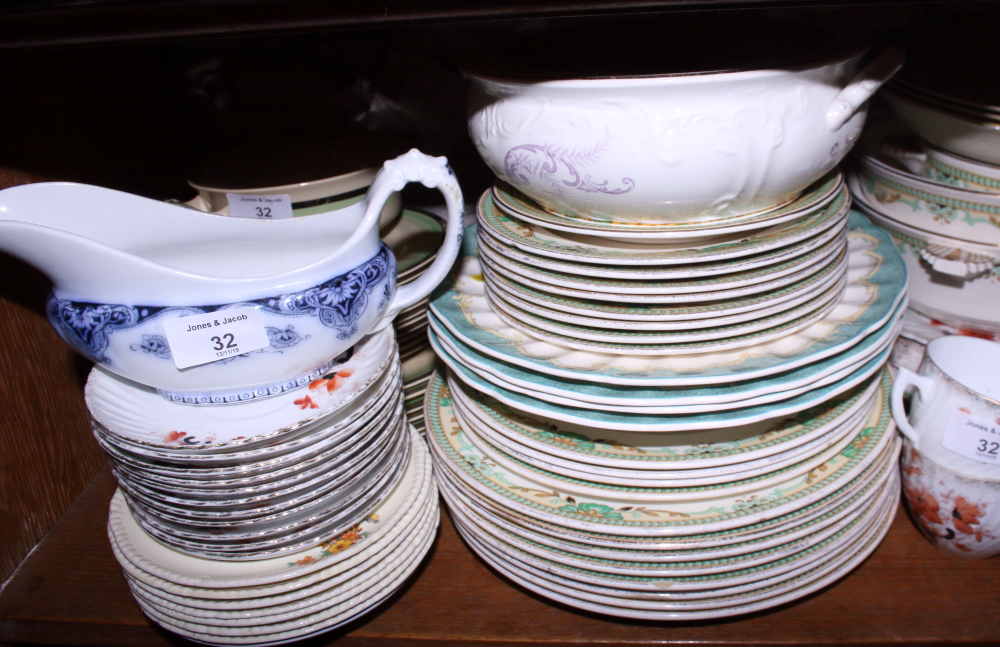 Lot 32 - A Loselware part dinner service, a quantity of ceramics including, Royal Doulton bowls, a Royal