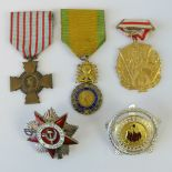 Lot 47 - Five medals including German, Soviet and French items.