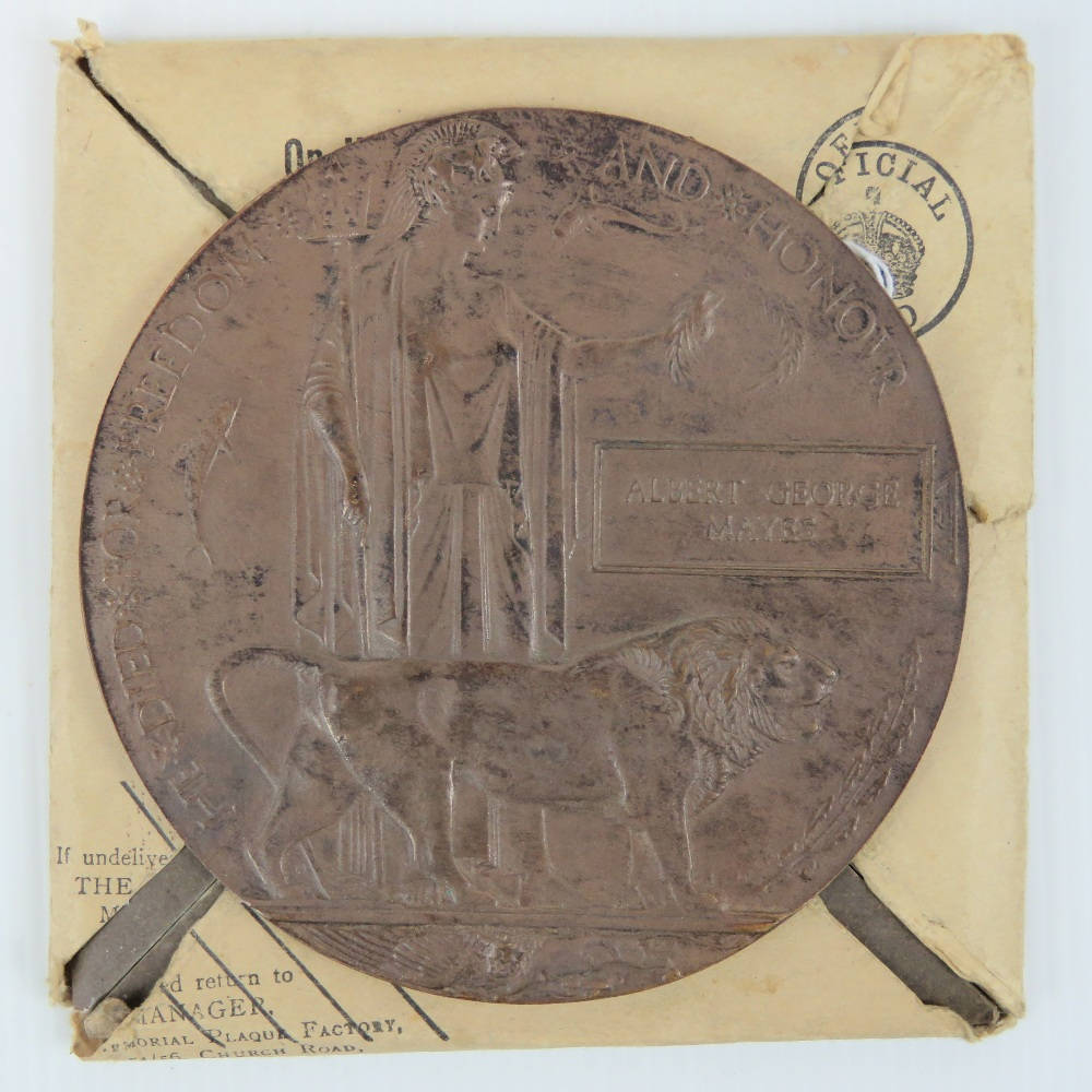 Lot 114 - A WWI Death Penny bronze plaque named to Albert George Mayes, with original packaging.