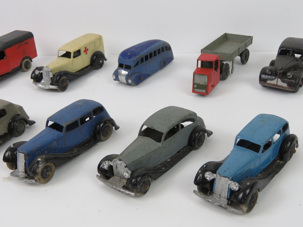 Lot 40 - Dinky Toys - Motor Cars; A group of pre-