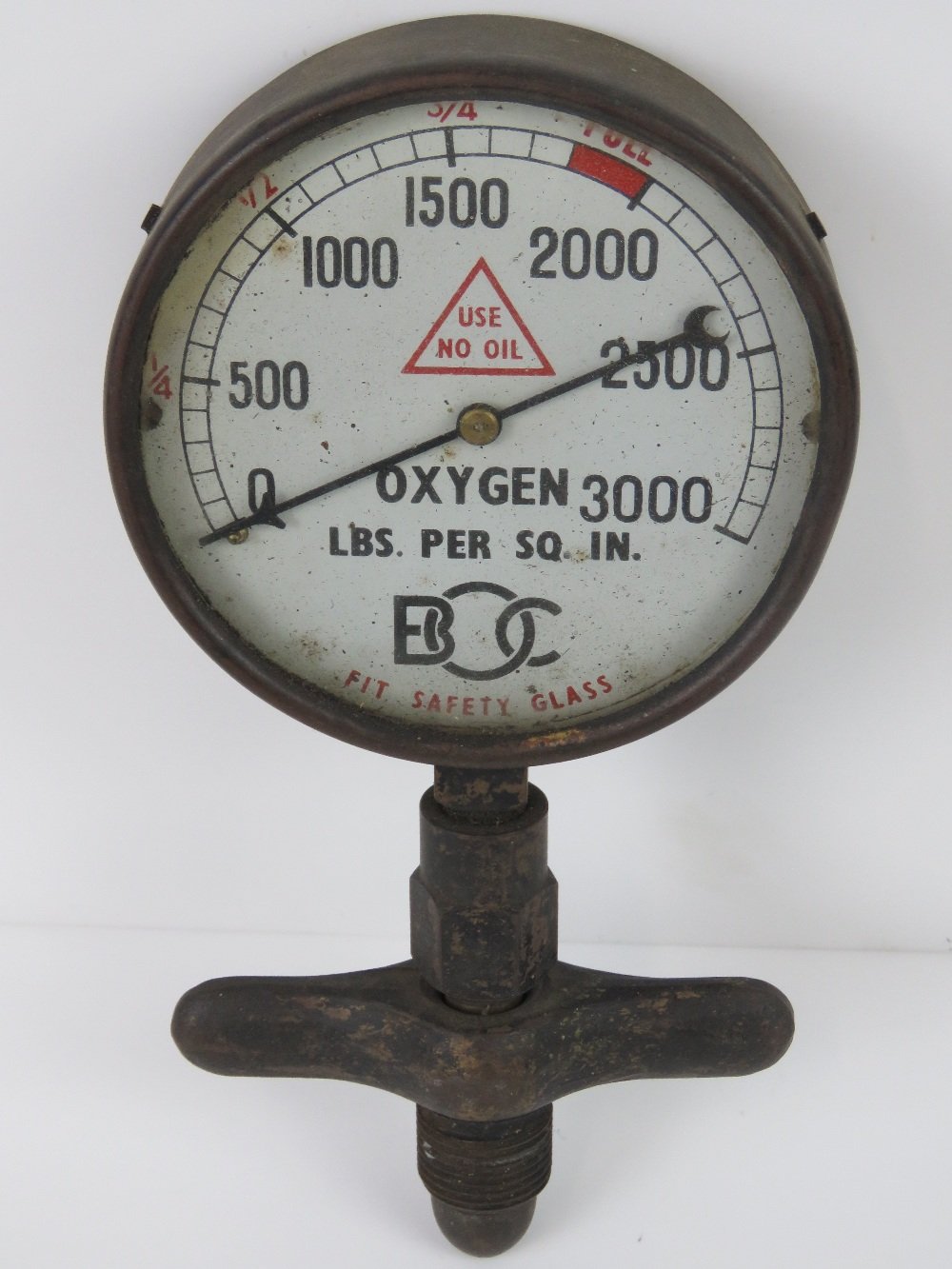 Lot 22 - A brass oxygen safety gauge registering to 3000 LBS per Sq. In., 10cm dia.