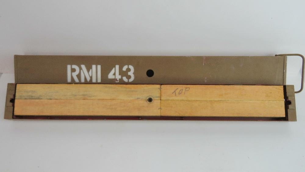 Lot 31 - An inert WWII German instructional RMI