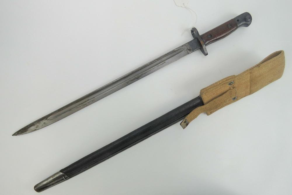 Lot 96 - A WWI British Lee Enfield rifle 1907 pat