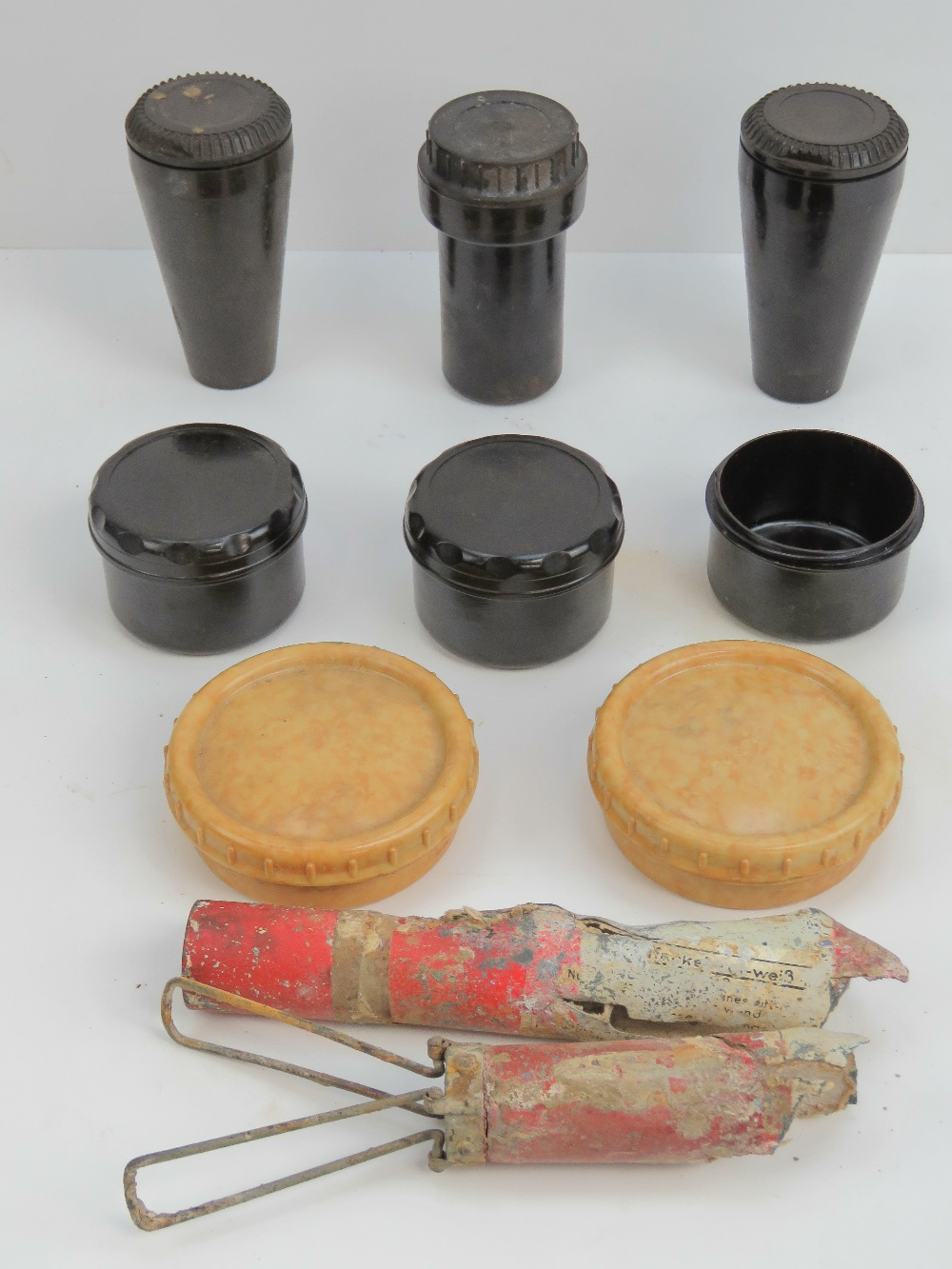 Lot 56 - A WWII German box of miscellaneous Wehrm