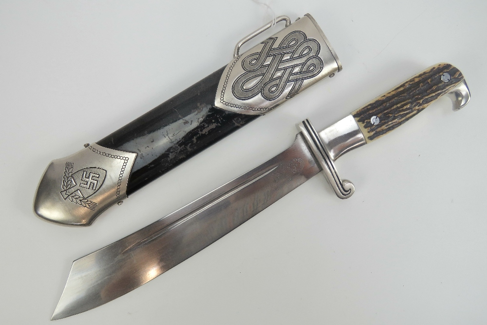 Lot 126 - A WWII German Rad Mans dagger marked GES