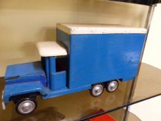A VINTAGE SCRATCH BUILT WOODEN TOY TRUCK AND A SIMILAR CRANE. (2)