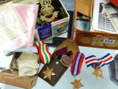 COLLECTABLES TO INCLUDE VARIOUS MEDALS, REGISTRATION CARDS, POSTCARDS, CIGARETTE CARDS, JEWELLERY,