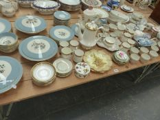A DOULTON ROSE ELEGANZE DINNER SERVICE, PARAGON TEAWARES AND OTHER CHINA.