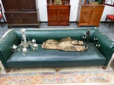 A LARGE CHESTERFIELD SETTEE.