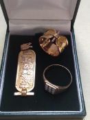 A 9ct GOLD DIAMOND SET GENTS SIGNET RING, FINGER SIZE T, TOGETHER WITH AN EGYPTIAN CARTOUCHE AND A