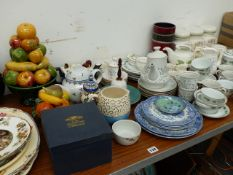 A QTY OF TEAWARES AND DECORATIVE CHINA.