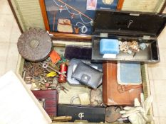 COLLECTABLES TO INCLUDE VINTAGE KEYS, PLAYING CARDS, BOOKS, JEWELLERY, PADLOCKS ETC.