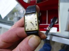 THREE GENTS WATCHES TO INCLUDE A WATCHES OF SWITZERLAND, A SMITHS IMPERIAL AND A MAPPIN 17