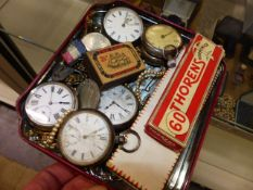 A QTY OF POCKET WATCHES TO INCLUDE SILVER EXAMPLES,ETC.