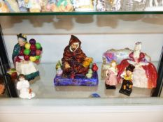 A COLLECTION OF DOULTON FIGURINES TO INCLUDE THE BALLOON SELLER, THE POTTER, BELLE OF THE BALL AND