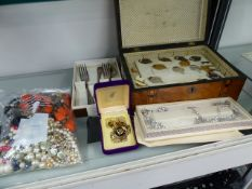 A BOX OF COSTUME JEWELLERY,ETC.