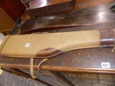 A VINTAGE LEG O MUTTON GUN CASE.