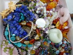 A SELECTION OF NATURAL AND OTHER HARDSTONE BEADS, ETC.
