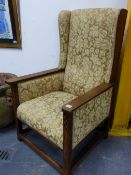 AN INTERESTING PAIR OF ANTIQUE OAK ARTS AND CRAFTS ARMCHAIRS WITH CHEQUER INLAID DECORATION TO THE