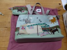 A RADLEY GREY LEATHER HAPPY CAMPER HANDBAG WITH SKY BLUE PURSE, THE BAG SEWN IN LEATHERS TO ONE SID