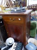 A SMALL EDWARDIAN SIDE CABINET WITH PAINTED GLAZED DOOR.