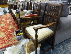 A SET OF EIGHT GOOD QUALITY OAK DINING CHAIRS.