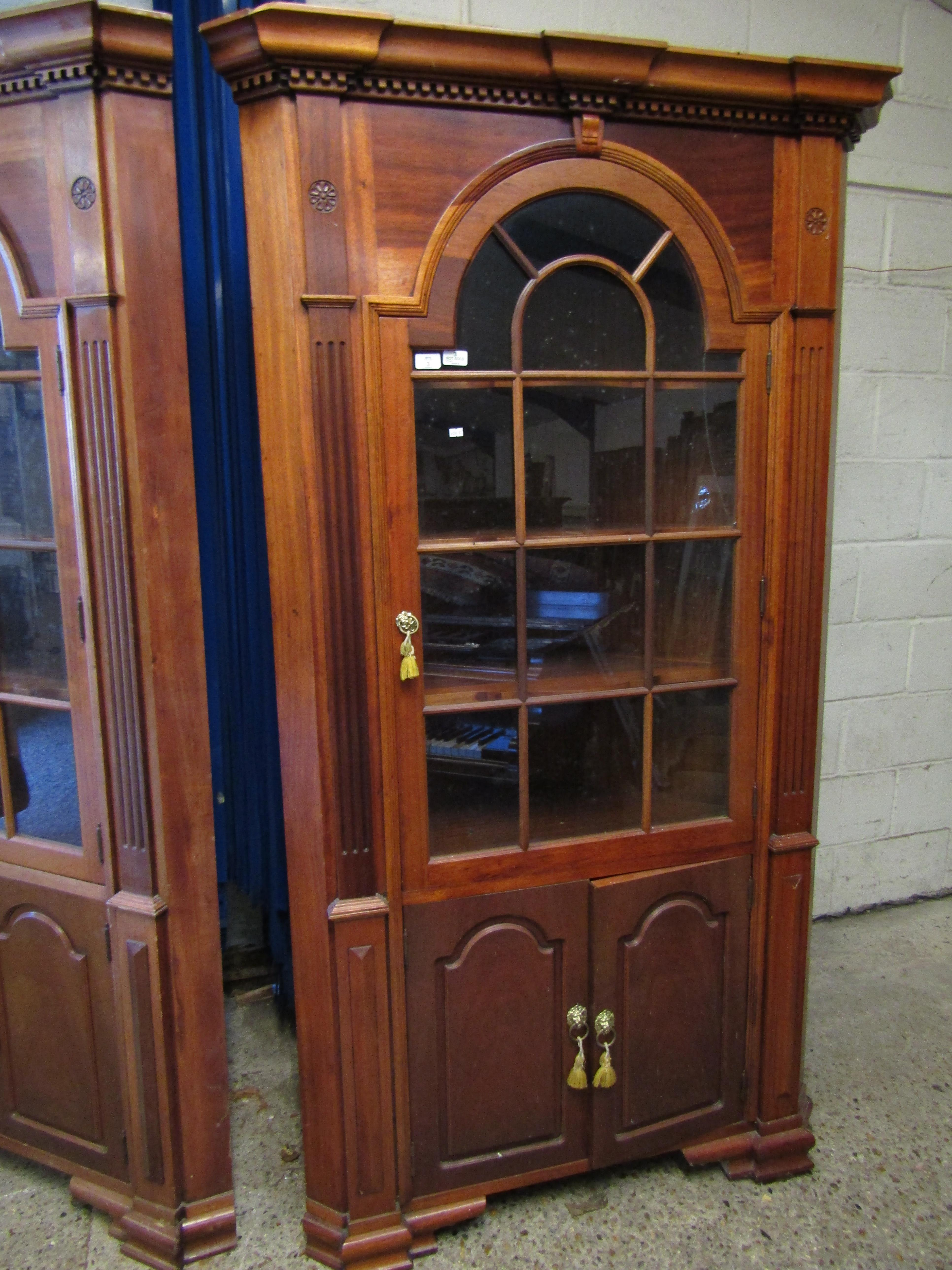 Lot 3 - GOOD QUALITY MAHOGANY LARGE FLOOR STANDING CORNER CUPBOARD WITH ASTRAGAL GLAZED DOOR OVER TWO