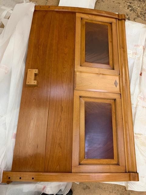 Lot 7 - 5' Cherry Finish Bed, from the Trafalgar range, RRP £4758. Model no T900CS