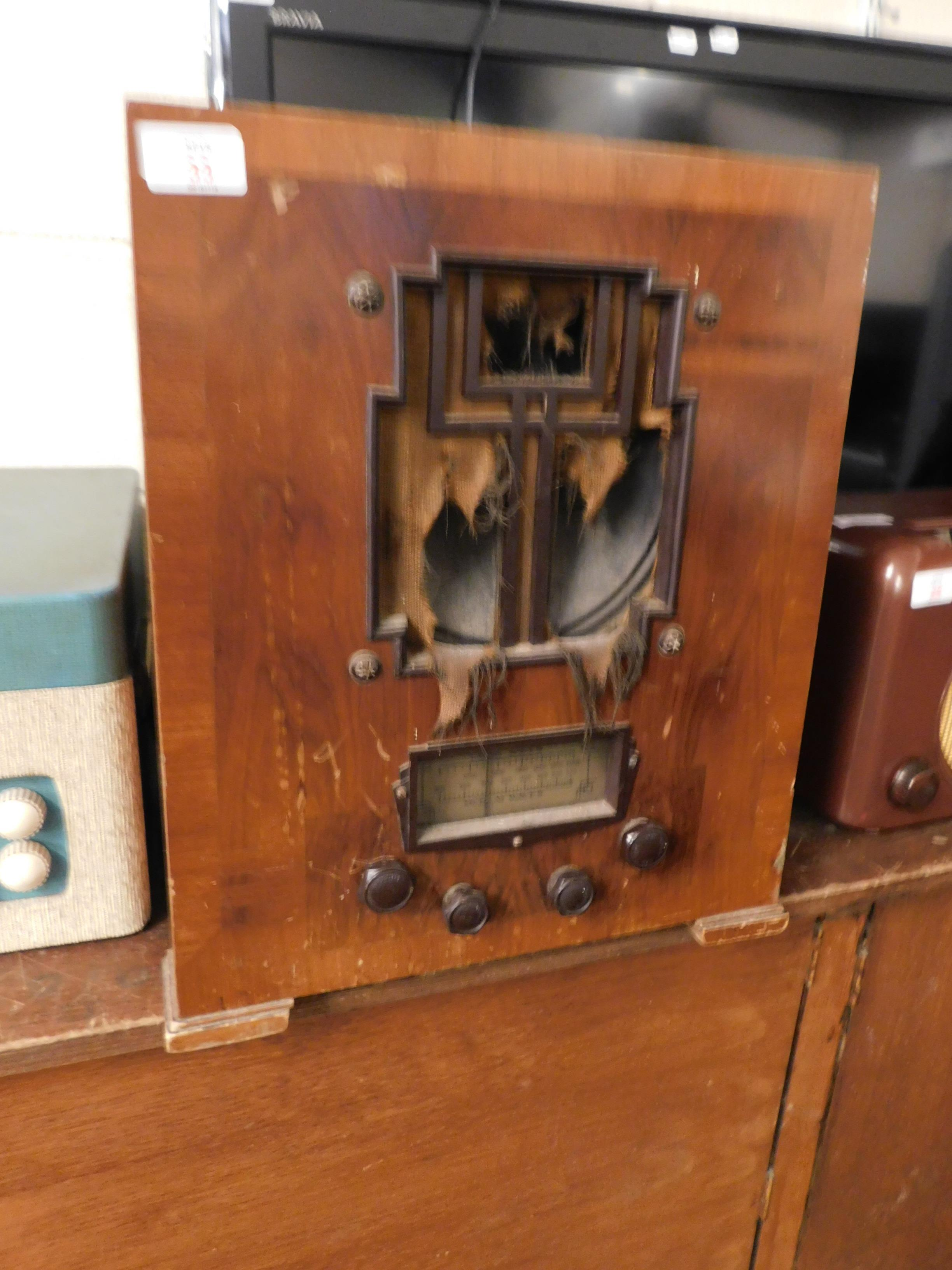 Lot 33 - VINTAGE WALNUT CASED MARCONI RADIO