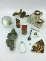 Lot 95 - Mixed lot of various items to include jade, sterling silver tooth pick, pieces of mirrors, glass