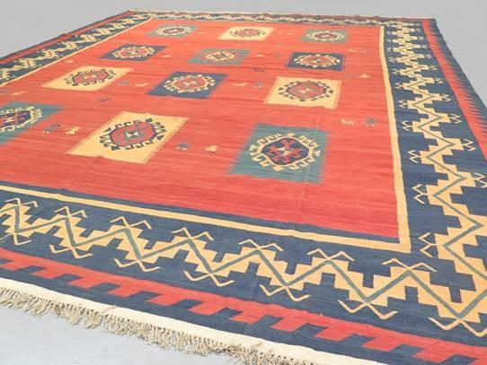 Lot 709 - Large Persian Qashqai kilim 4.75 X 3.96m