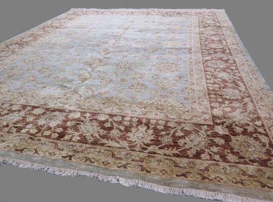Lot 711 - Contemporary Ziegler carpet 3.12 X 2.44m